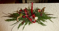 Create a Christmas Centerpiece