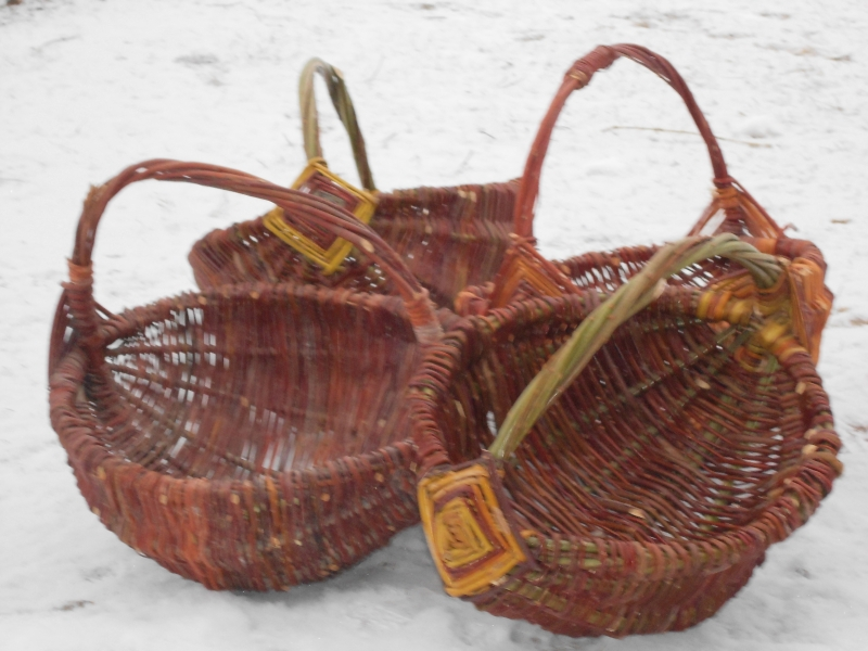 How To Weave A Basket Out Of Cattails : Cattail pine needle and willow basket weaving