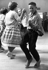 Swing Dance for Middle/High Schoolers