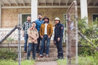 Micky & The Motorcars at The Filling Station