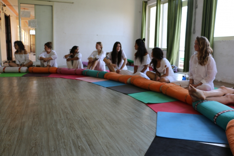 200 Hour Yoga Teacher Training Course In Rishikesh 12 02 2019 Rishikesh Rishikesh Yoga Teacher Training Center Sports Event Flatheadevents