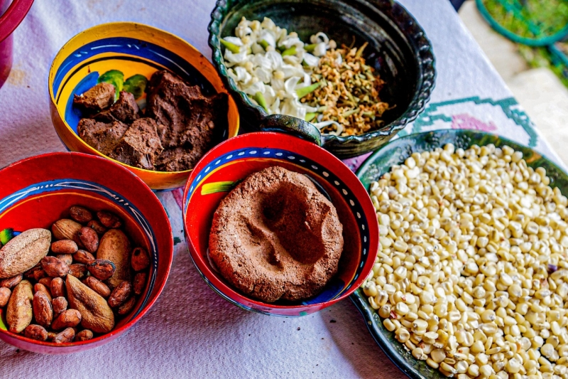 Making the special Pre-hispanic drink: TEJATE