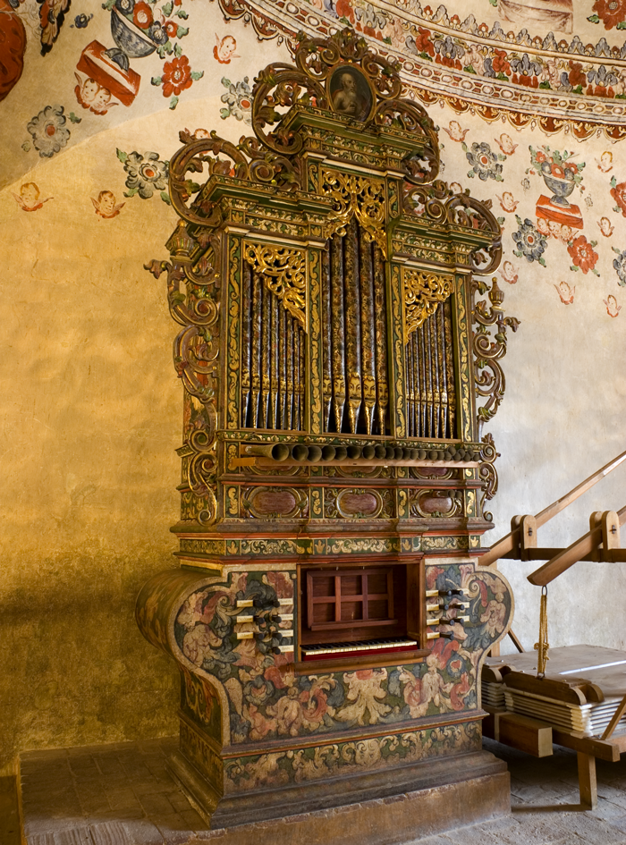 Organo dentro de a iglesia de san Jerònimo Tlacochahuaya