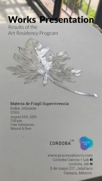 Material of fragil survival / Materia de Fragil Supervivencia